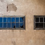 broken-windows-1531752_1280